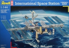 Space Station ISS Revell 04841 1:144